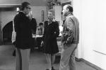 Guarneri con Helen Sutton e il collezionista Orsatti, Studio La Città, Verona 1974