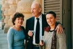 Guarneri con M.G. Messina (sx) e G. Uzzani (dx) alla mostra Contrappunto luce, Firenze 2004